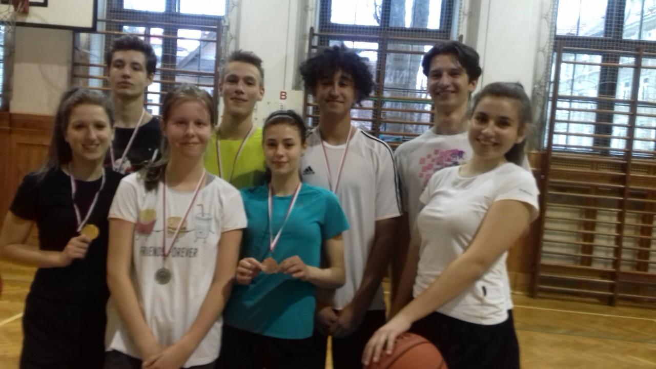 Obrazek newsa Mistrzostwa Szkoły w dwójkach koszykarskich